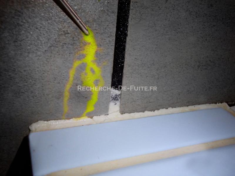 test au colorant pour infiltration deau au niveau du lavabo - Colorant Pour Fuite Piscine