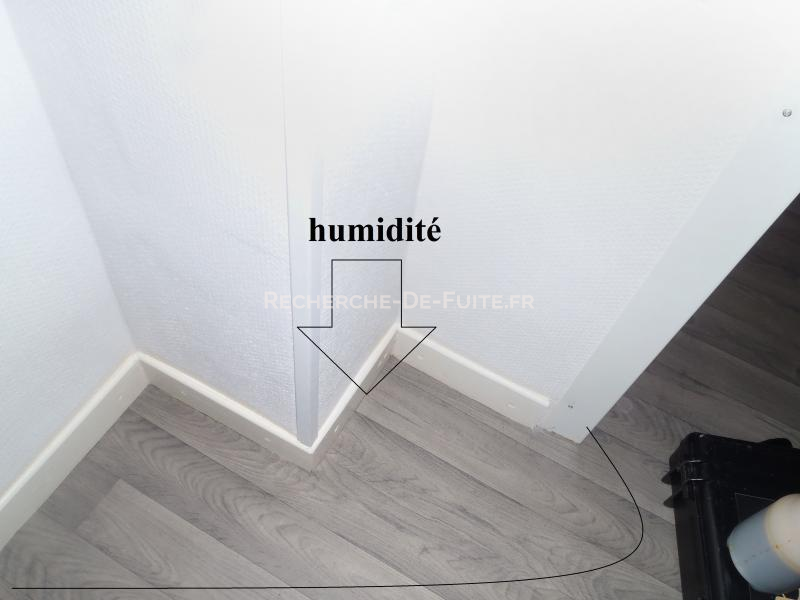 Humidit for Humidite sur mur interieur